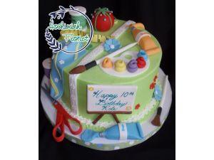 Customized Crafty Cake