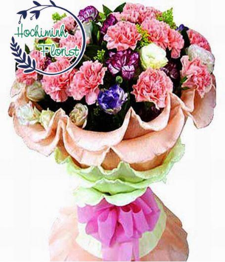 4 Dozen Mixed Carnations In A Bouquet