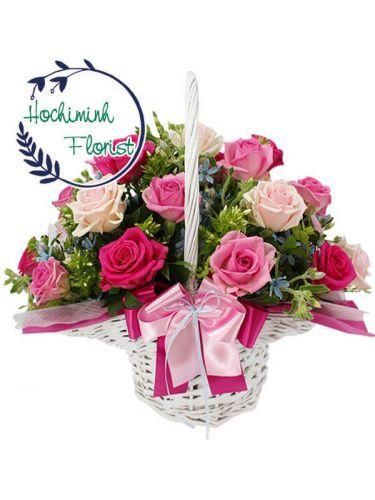 1 Dozen Mixed Roses In Basket