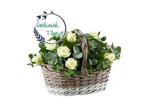 1 Dozen White Roses In Basket