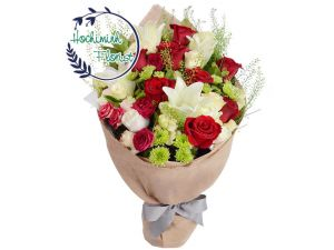 1 Dozen Red Roses In A Bouquet
