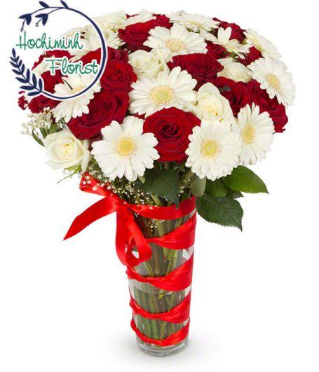3 Dozen White Gerberas and Roses In A Vase