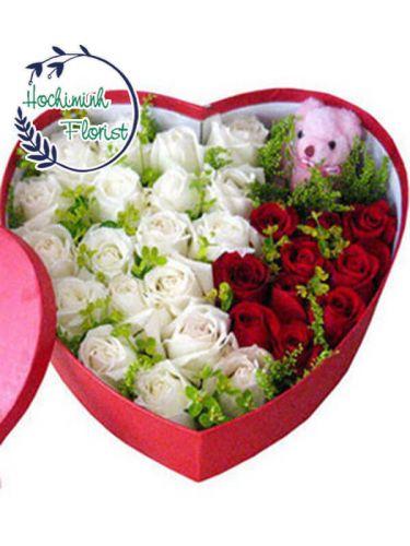 3 Dozen Mixed Roses In A Box