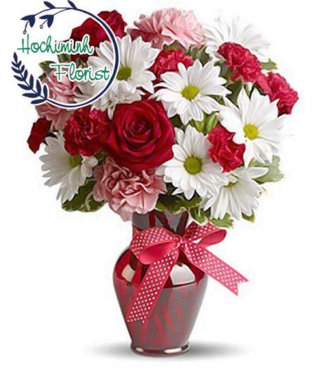 2 Dozen White Gerberas And Roses In A Vase