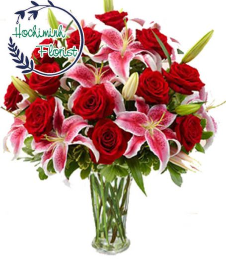 2 Dozen Pink Lilies And Roses In The Vase