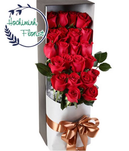 2 Dozen Red Roses in A Box
