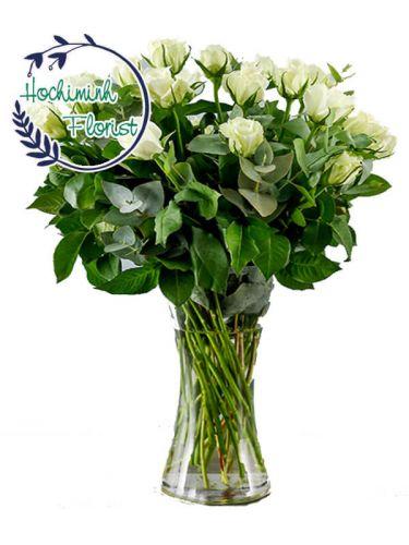 2 Dozen White Roses In A Vase